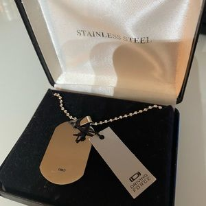 Stainless Steel Dog Tag on chain NWT